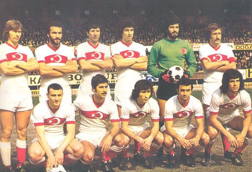 Milli-Takim-1975-smal