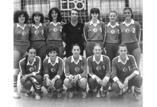 voleybol-milli-takim-1981-small