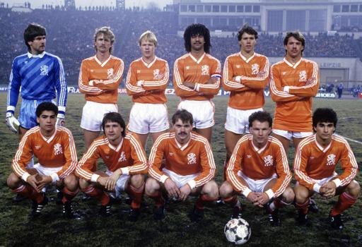 Hollanda-1986-small