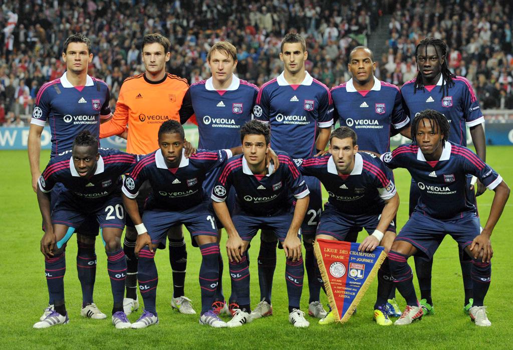 Olympique-Lyon-2011-12-web