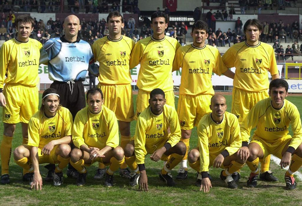 istanbulspor-2001-2002-web